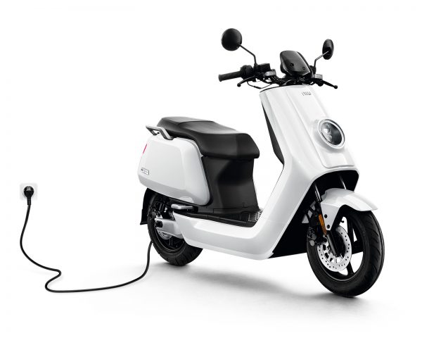 Alquiler scooter electrico Niu 50